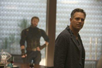 Avengers: Infinity War, Chris Evans e Mark Ruffalo in una scena del film