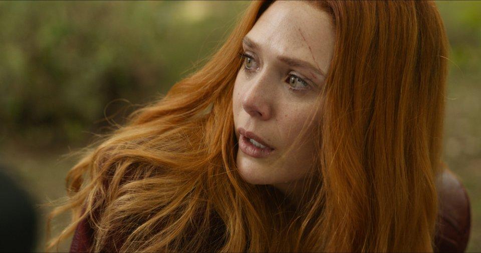 Avengers: Infinity War, un primo piano di Elizabeth Olsen