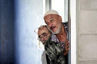 Arrivano i prof: Maurizio Nichetti e Claudio Bisio in una scena del film