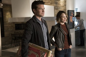 Game Night - Indovina chi muore stasera?: Jason Bateman e Rachel McAdams in una scena del film
