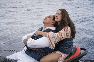 Loro 1: Elena Sofia Ricci e Toni Servillo in una scena del film