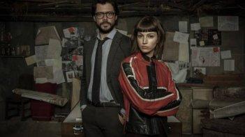 La casa di carta: Ursula Corbero e Alvaro Morte in una foto