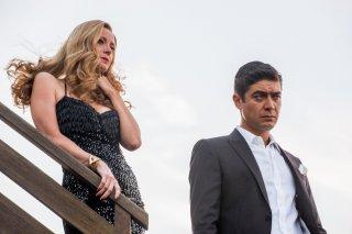 Loro 1: Riccardo Scamarcio ed Euridice Axen in un momento del film