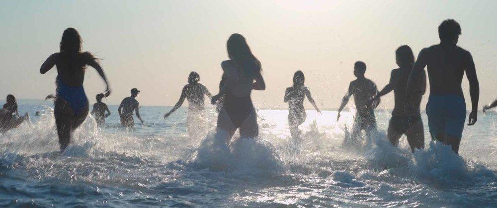 Mektoub, My Love: Canto Uno, una scena del film di Kechiche