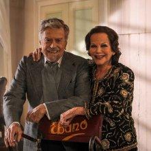 Nobili bugie: Raffaele Pisu e Claudia Cardinale in un'immagine promozionale del film