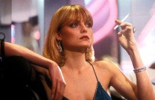 Scarface: Michelle Pfeiffer in una scena del film