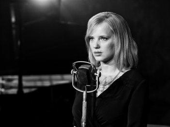 Cold War: Joanna Kulig in un momento del film