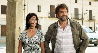 Everybody Knows: Penelope Cruz e Javier Bardem in una scena del film
