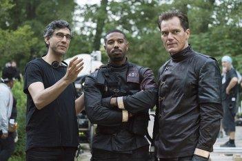 Fahrenheit 451: Michael B. Jordan e Michael Shannon in una scena del film
