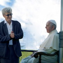 Pope Francis: A Man of His Word, Wim Wenders e Papa Francesco in un'immagine tratta dal documentario