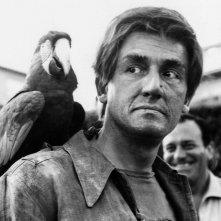 Vittorio Gassman in una scena de I mostri