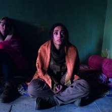 Girls of the Sun: Emmanuelle Bercot e Golshifteh Farahani in un'immagine del film