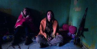 Girls of the Sun: Emmanuelle Bercot e Golshifteh Farahani in un'immagine del film