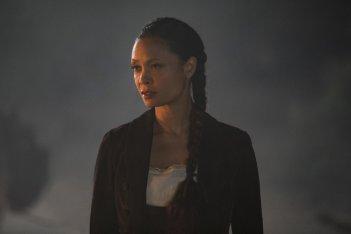 Westworld: Thandie Newton in una scena dell'episodio Reunion
