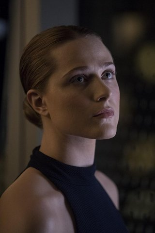 Westworld: Evan Rachel Wood nell'episodio Reunion