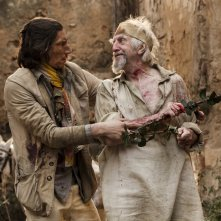 The Man Who Killed Don Quixote: Jonathan Pryce e Adam Driver in una scena del film