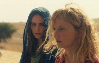 Troppa grazia: Alba Rohrwacher e Hadas Yaron in una scena del film