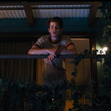 Under the Silver Lake: Andrew Garfield in un momento del film