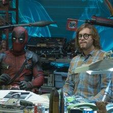 Deadpool 2: Ryan Reynolds e T.J. Miller in una scena del film