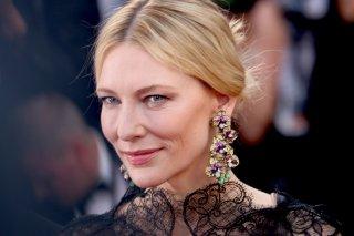Cannes 2018: un primo piano di Cate Blanchett sul red carpet di apertura