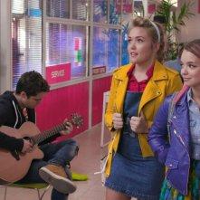 Penny on M.A.R.S.: Olivia-Mai Barrett insieme a Shannon Gaskin