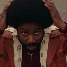 BlackkKlansman: John David Washington in una scena