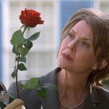 Annette Bening in una scena di American Beauty