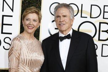 Annette Bening e Warren Beatty durante i Golden Globes