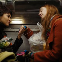 Montparnasse femminile singolare: Laetitia Dosch e Léonie Simaga in una scena del film