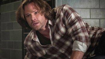 Supernatural: Jared Padalecki in una scena dell'episodio Let the Good Times Roll