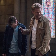 Supernatural: Mark Pellegrino e Alexander Calvert nell'episodio Let the Good Times Roll