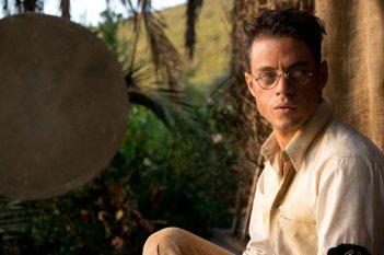 Papillon: Rami Malek in una scena del film