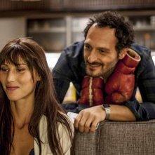 Malati di sesso: Fabio Troiano ed Elettra Capuano in una scena del film