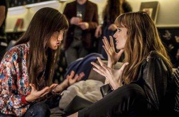 Malati di sesso: Gaia Bermani Amaral ed Elettra Capuano in una scena del film