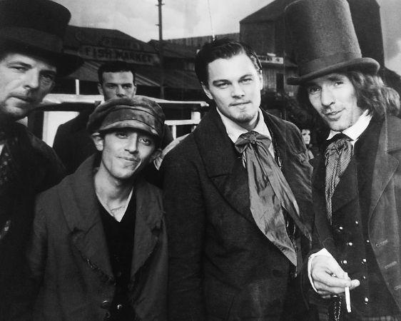 Gangs of New York, Leonardo Di Caprio sul set con Marcello Fonte (comparsa nel film di Scorsese)