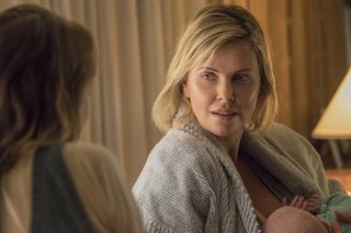 Tully: Charlize Theron in un'immagine del film