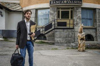 Una vita spericolata: Lorenzo Richelmy in una scena del film