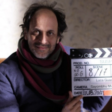 Luca Guadagnino sul set di Suspiria, remake da lui diretto