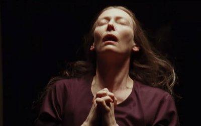 Suspiria, il commento al trailer del remake: un caleidoscopio di streghe e misteri