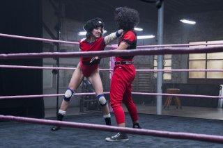 GLOW: la protagonista Alison Brie sul ring