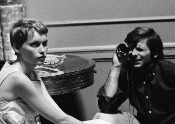 Rosemary's Baby: Mia Farrow e Roman Polanski sul set del film