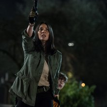 The Predator: Olivia Munn e Jacob Tremblay in una scena