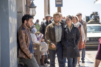 The Brave: Mike Vogel, Hadi Tabbal, e Natacha Karam in una scena