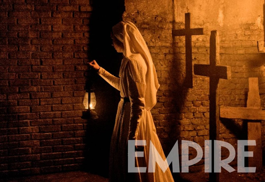 The Nun: Taissa Farmiga in una scena del film