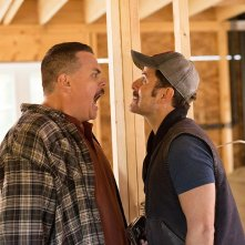 Super Troopers 2: Steve Lemme e Kevin Heffernan in una scena del film