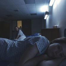 Unsane: Claire Foy e Juno Temple in un'immagine del film