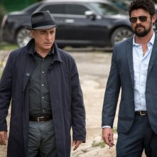Bent - Polizia criminale: Karl Urban e Andy Garcia in un momento del film