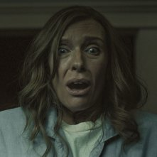 Hereditary: Toni Collette in una scena del film