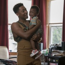 The Chi: Jacob Latimore in una scena dell'episodio Penetrate A Fraud