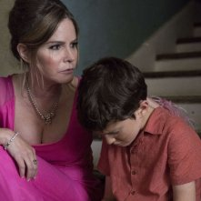 Patrick Melrose: Jennifer Jason Leigh e Sebastian Maltz in una scena